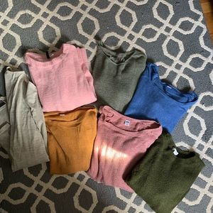 Lot of 7 size large sweaters